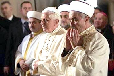 Pope Benedict XVI praying during his visit to Turkey